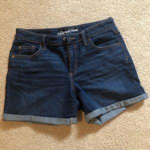 Universal Thread mid-rise Jean shorts